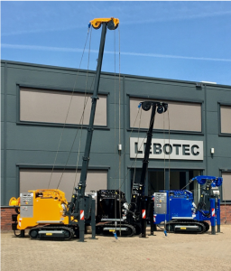 3 new compact piling rigs of the type LBT 1.5 HE type are ready for delivery.