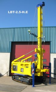 Lebotec delivers new LBT-2.5-H.E compact piling rig to De Waalpaal from Belgium.